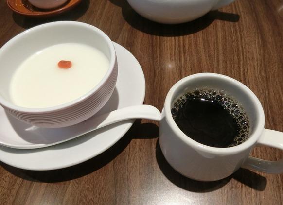 天津飯店 新宿本店 杏仁豆腐 コーヒー