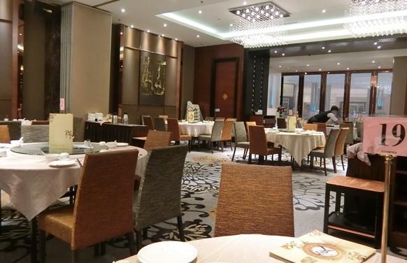マレーシア クアラルンプール「皇宮海鮮酒家 Grand Palace Restaurant」店内