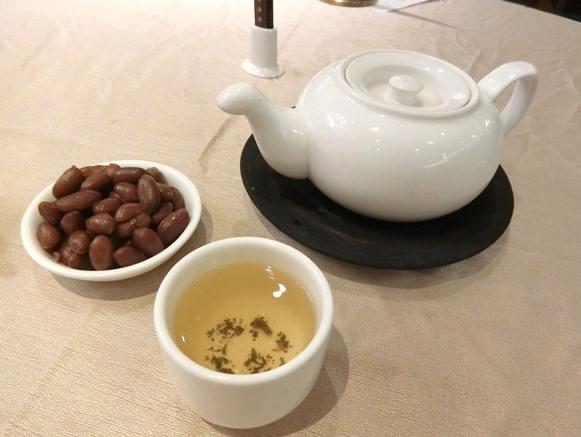 マレーシア クアラルンプール「皇宮海鮮酒家 Grand Palace Restaurant」お茶