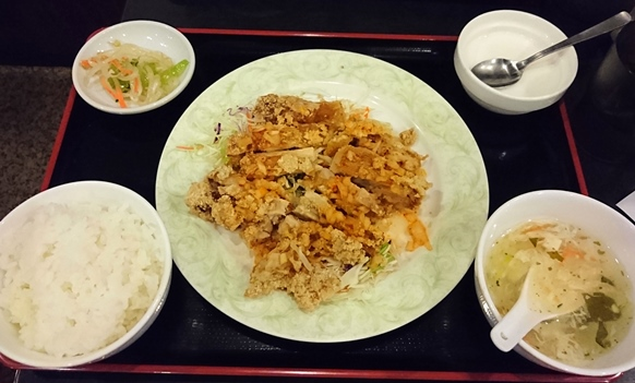 五反田「哈爾濱 ハルピン」ランチ 油淋鶏